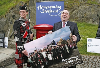 Alex Salmond leads the Homecoming celebrations