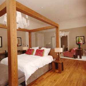 Luxurious pink bedroom at Tigerlily Edinburgh