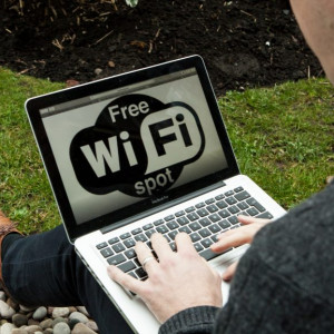 Outdoor Wifi Use image for Tech PR story