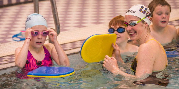 Hannah Miley is joined by local pupils in a PR video taken at n event in Shetland to celebrate the Learn to Swim partnership with Scottish Water