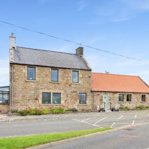Delightful Detached Victorian period property - Property PR