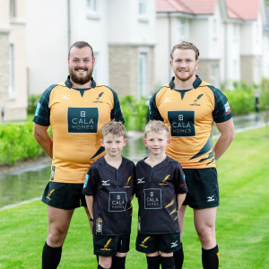 Edinburgh PR image shows team from Currie Rugby Club delighted with £15,000 sponsorship from CALA Homes