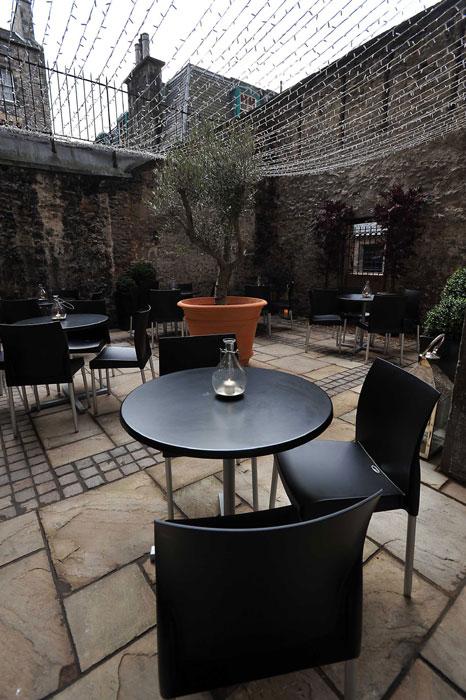01-Courtyard