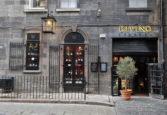A food and drink PR image of the enterence to Divino Enoteca