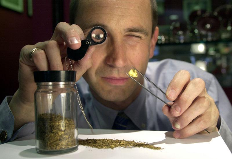 Jeweller Alsitir Wood Tait's rare Scottish gold