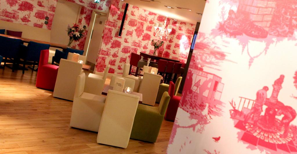 Bespoke Timorous Beastie pink wallpaper at Hyde Out style bar in Edinburgh