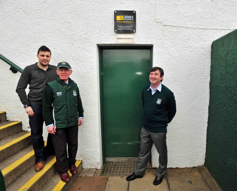 Banks Renewables donate £10,000 to  Hawick Rugby Club