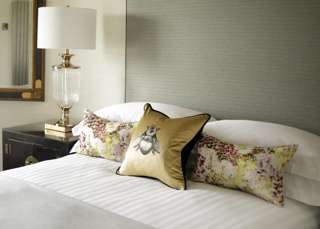 Hospitality PR photograph of Nira Caledonia's luxury bedding