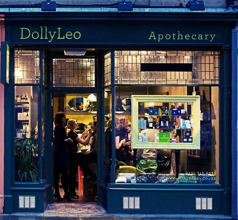 Makeup shop DollyLeo Apothecary - hair and beauty PR photo