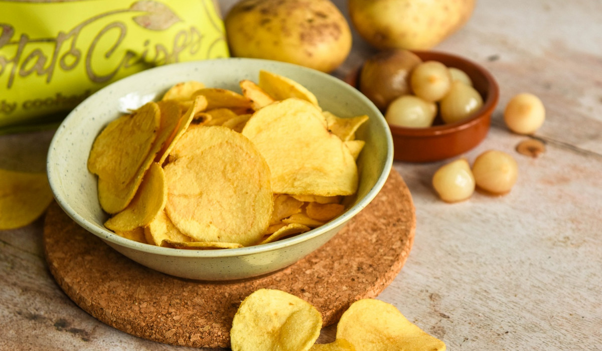 food and drink pr photography for Mackie's crisps