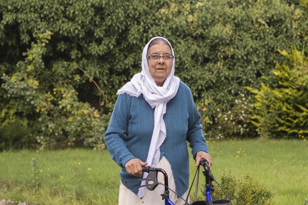 Sakina, 71
