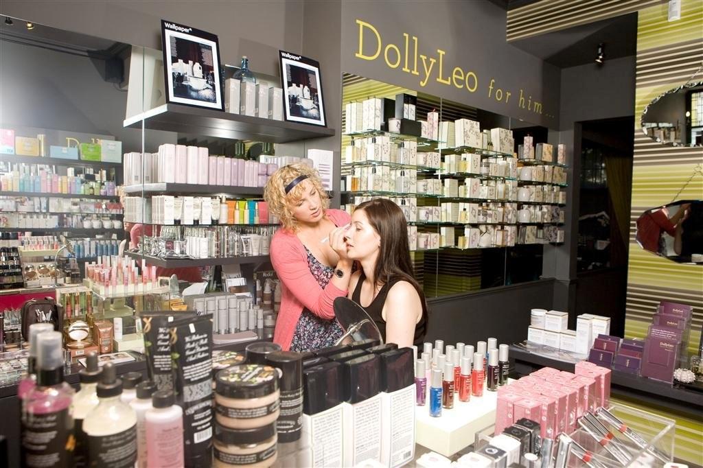 Sadie Jean Sloss applying make-up. Hair and beauty PR photo